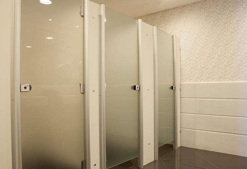 Distribuidor de Porta de Banheiro Aluminio Salesópolis - Porta de Aluminio para Banheiro