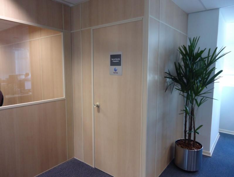 Divisoria Mdf com Porta sob Encomenda Penha - Divisoria Mdf Escritório