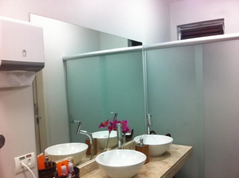Divisoria Vidros Temperados á Venda Liberdade - Divisoria de Vidro Temperado para Cozinha