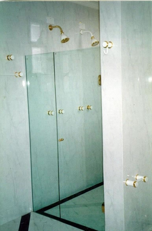 Divisorias de Vidro Temperado para Banheiro Tremembé - Divisoria Vidro Temperado