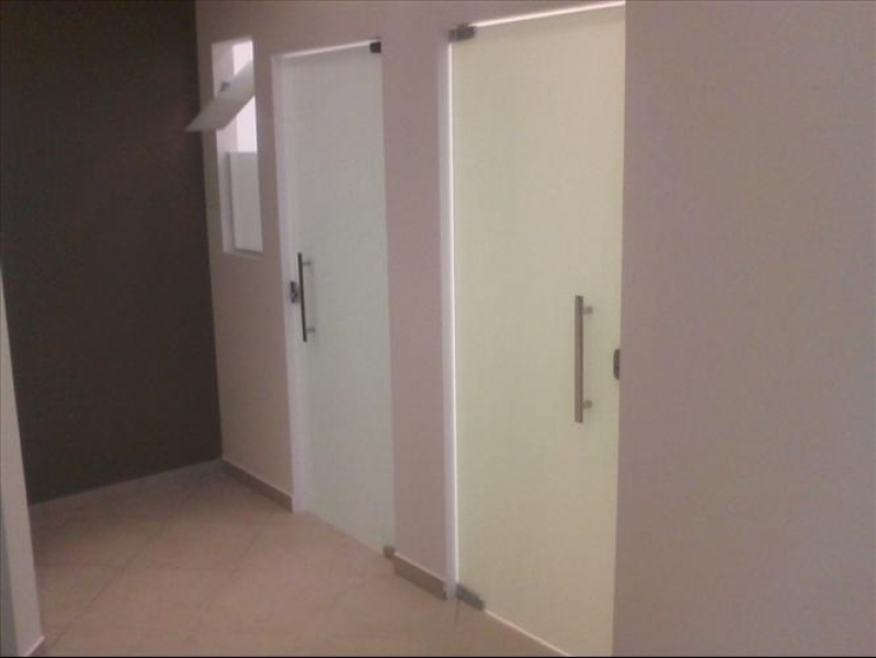Instalação de Divisoria em Vidro Temperado para Casas Tucuruvi - Divisoria em Vidro Temperado