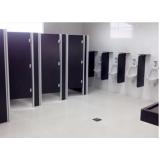 porta para banheiro de empresas